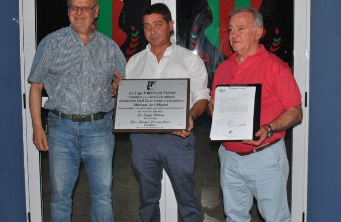 La Liga Salteña de Fútbol hizo entrega de la afiliación definitiva a San Miguel